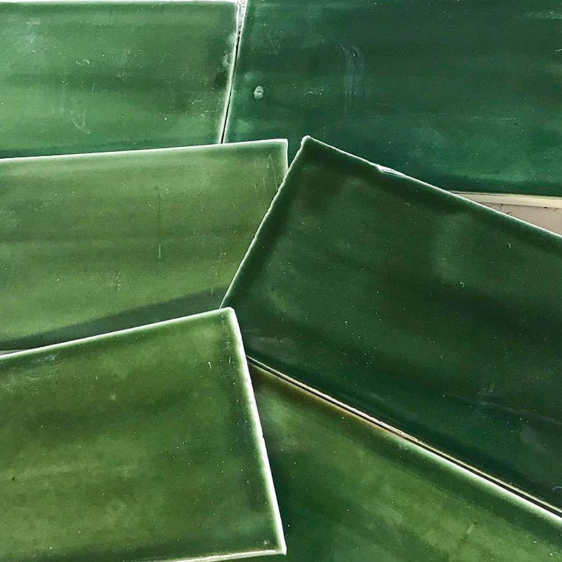3x8-Subway-tile-sample-emerald-green