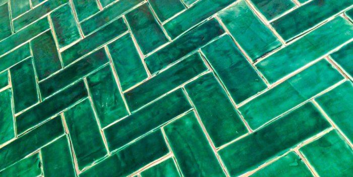 Ceramic Subway tile Emerald green