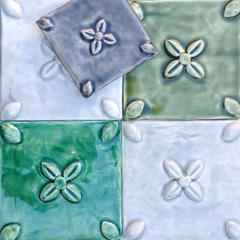 Bourgeons tile series