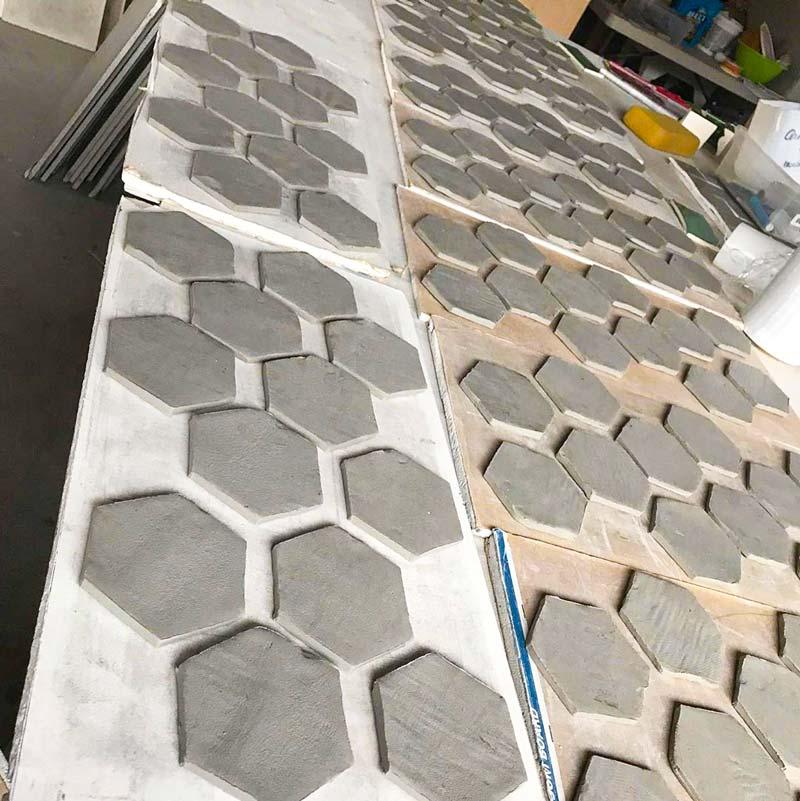 Hexagon tile wet stage
