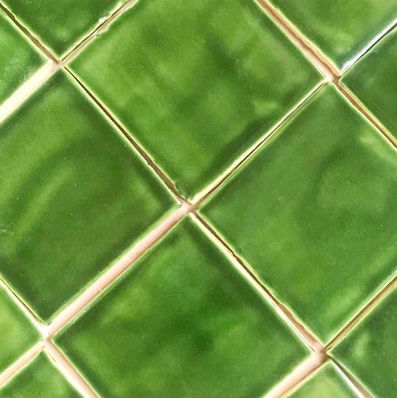"Field tile 4"" x 4"" Holly Green Glazed"